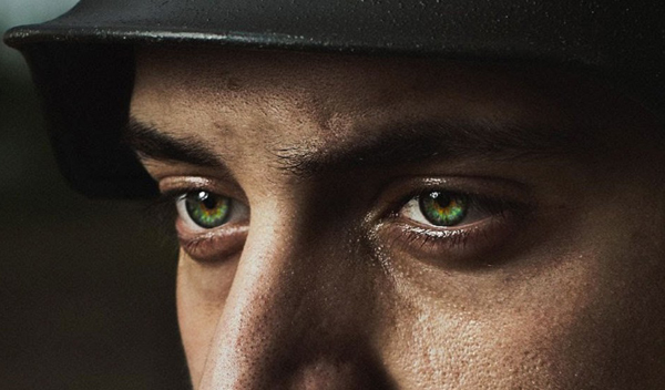 How to Color, Brighten and Sharpen Eyes in Photoshop