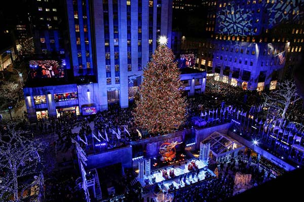 Christmas in World's Most Beautiful Cities - 12