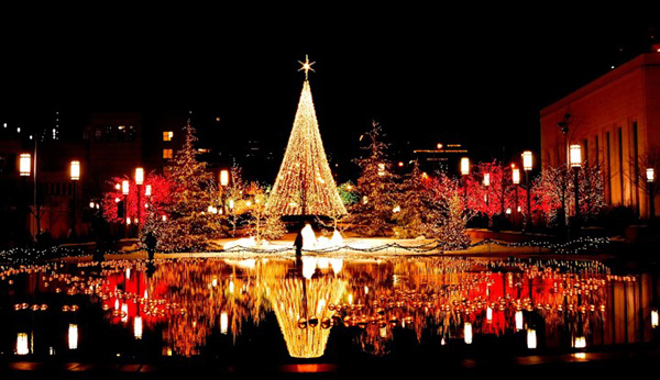 Christmas in World's Most Beautiful Cities - 21