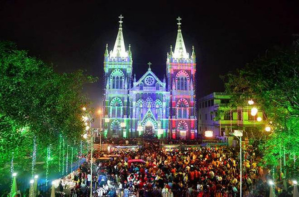 Christmas in World's Most Beautiful Cities - 22