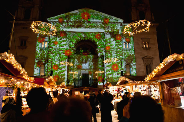 Christmas in World's Most Beautiful Cities - 34