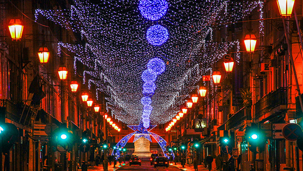 Christmas in World's Most Beautiful Cities - 48