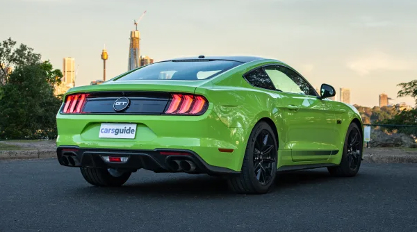 Ford Mustang Photo - 5