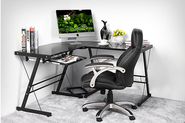 Graphic designer table chair
